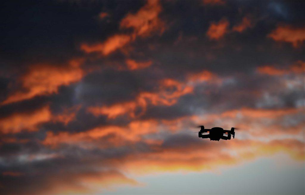 Read more about the article Quel drone choisir? Un guide pour choisir le drone qui vous correspond
