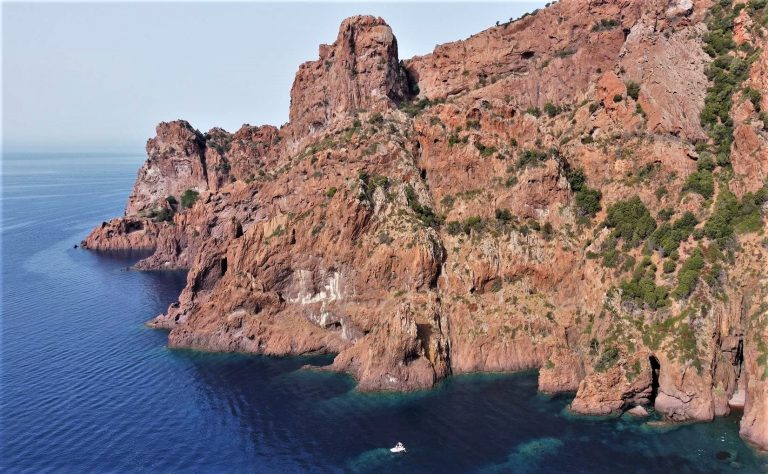 réserve naturelle de Scandola en Corse prise avec mon drone DJI Mavic Air